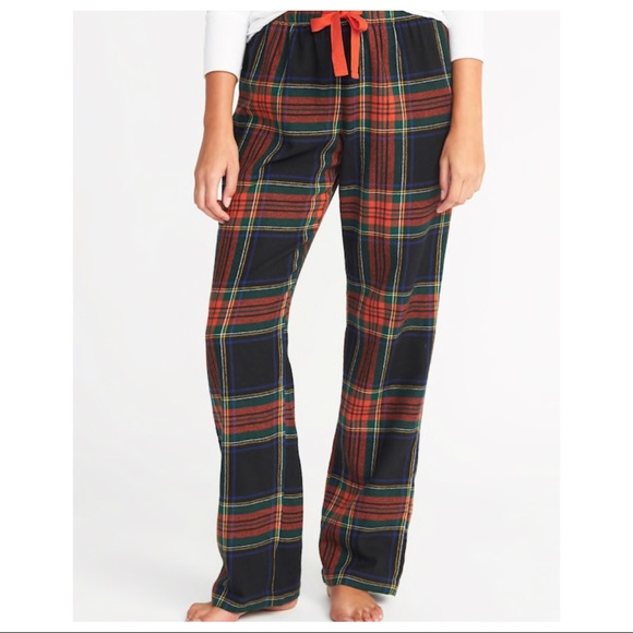 4a546c33e2 New Old Navy Women s Plaid Flannel Pajama Pants. NWT